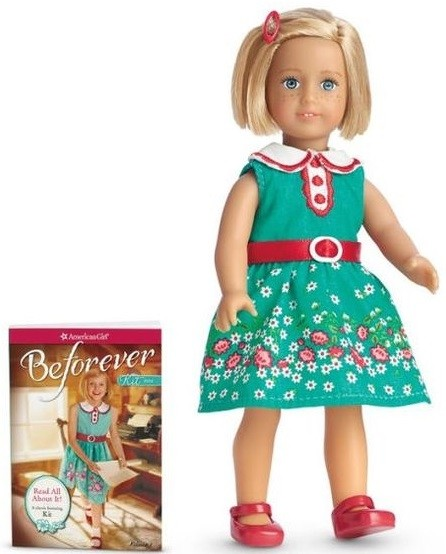 American Girl: Ultimate Visual Guide: A Celebration of the ...