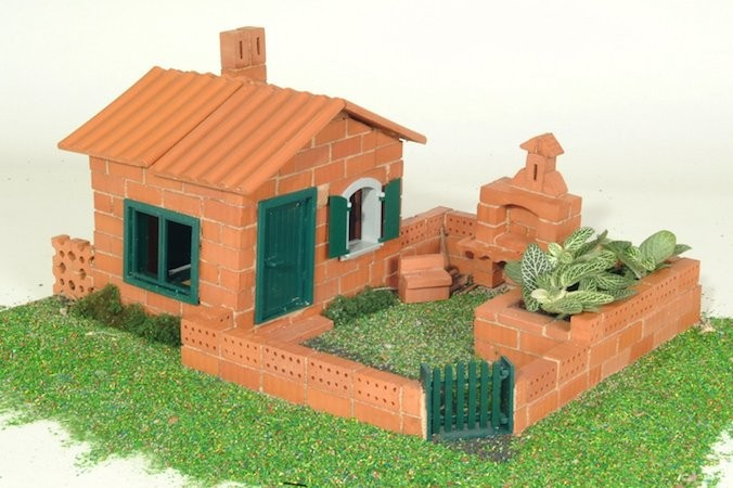 Brick construction set a mighty girl for Mud brick kit homes